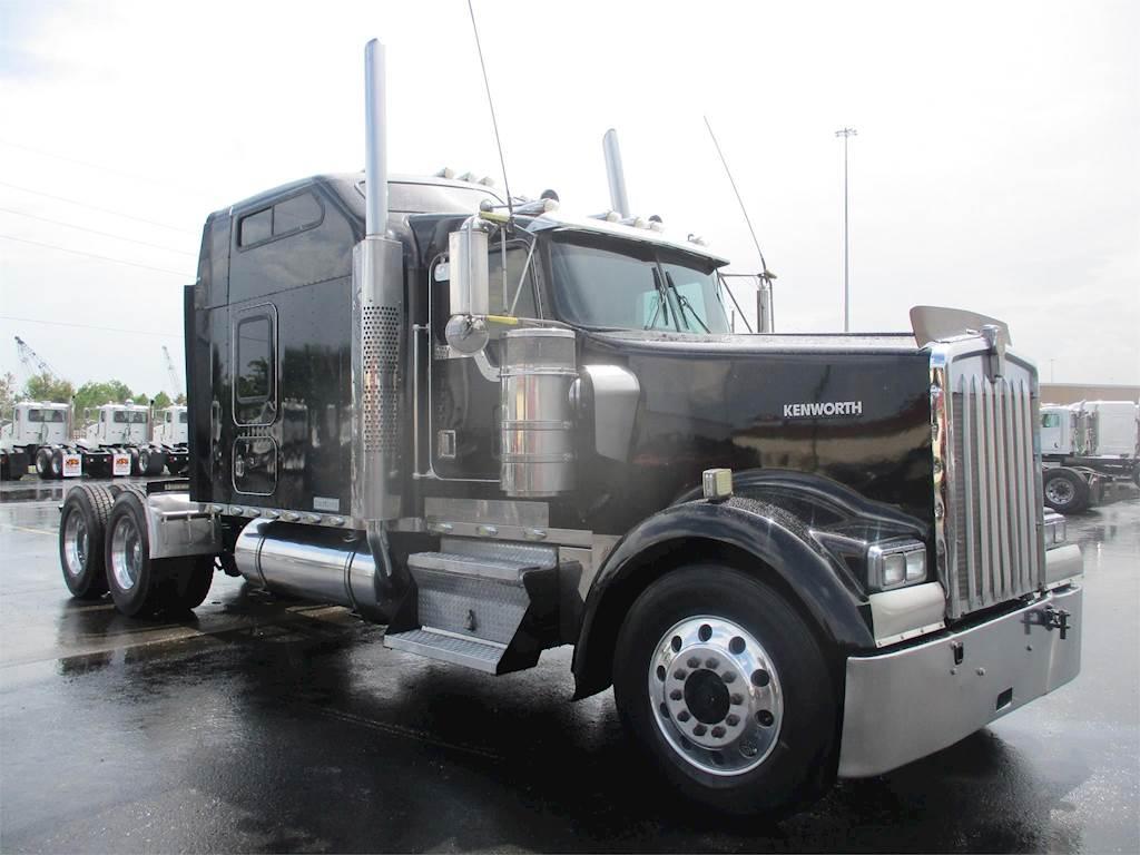 2000 Kenworth W900L Sleeper Semi Truck - Caterpillar 3406E, 600HP, Manual