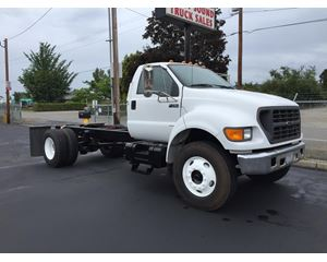 Ford F-750 Heavy Duty Cab & Chassis Truck