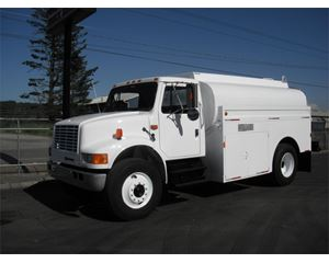 International 4700 Gasoline / Fuel Truck