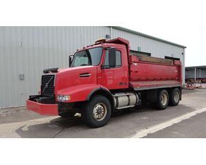 Volvo VHD64B200 Heavy Duty Dump Truck