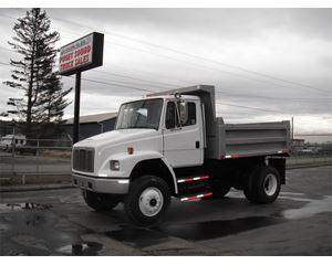Freightliner FL70 Medium Duty Dump Truck