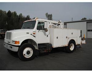 International 4900 Service / Utility Truck