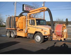 Freightliner FL80 Sewer Truck