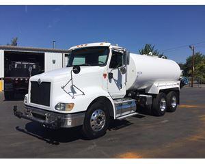 International 9200 Water Tank Truck