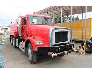 Freightliner FLD120 Water Wagon