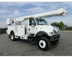 Altec AM855 Boom Lift