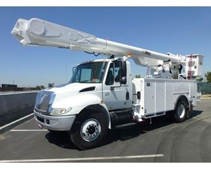 Altec AM855MH Boom Lift