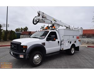 Altec AT37G Boom Lift