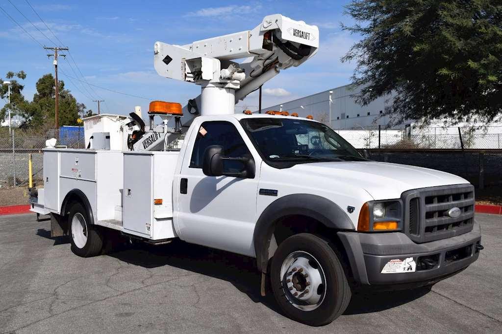 Used Bucket Trucks Certified By Versalift Autos Post