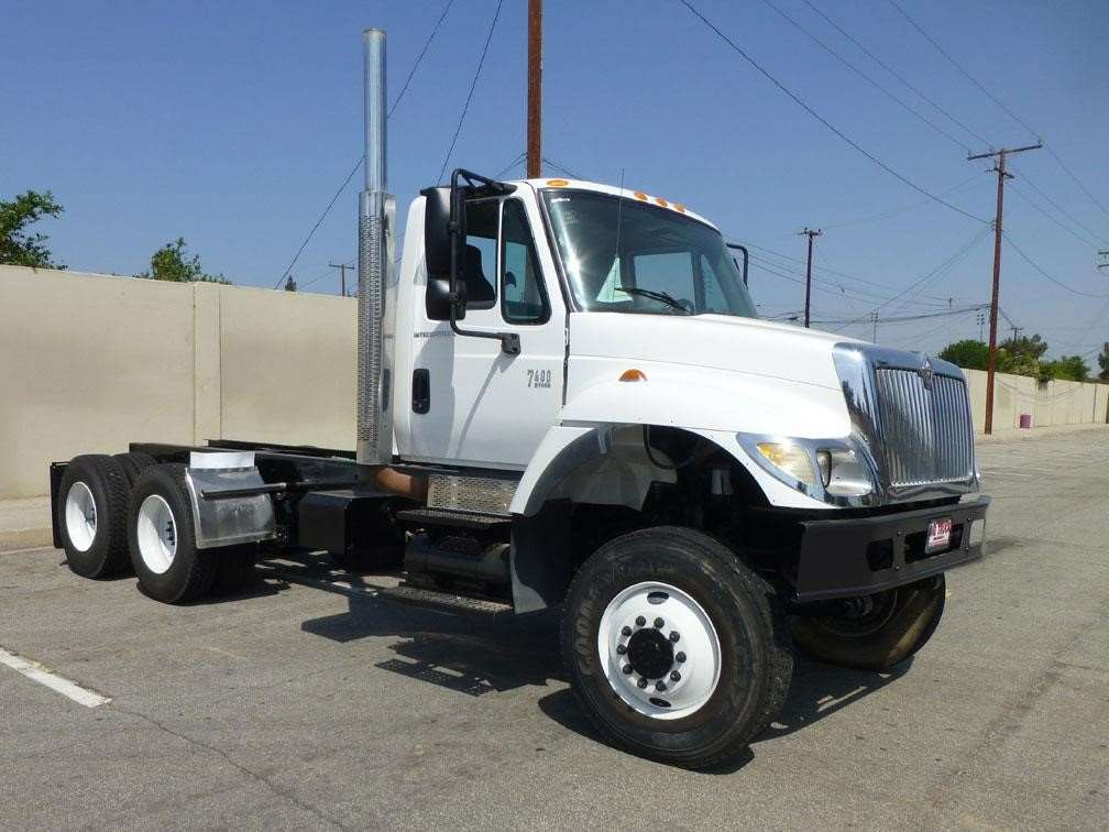 2003 international 7400 heavy duty cab chassis truck for sale 33 151 miles norwalk ca. Black Bedroom Furniture Sets. Home Design Ideas