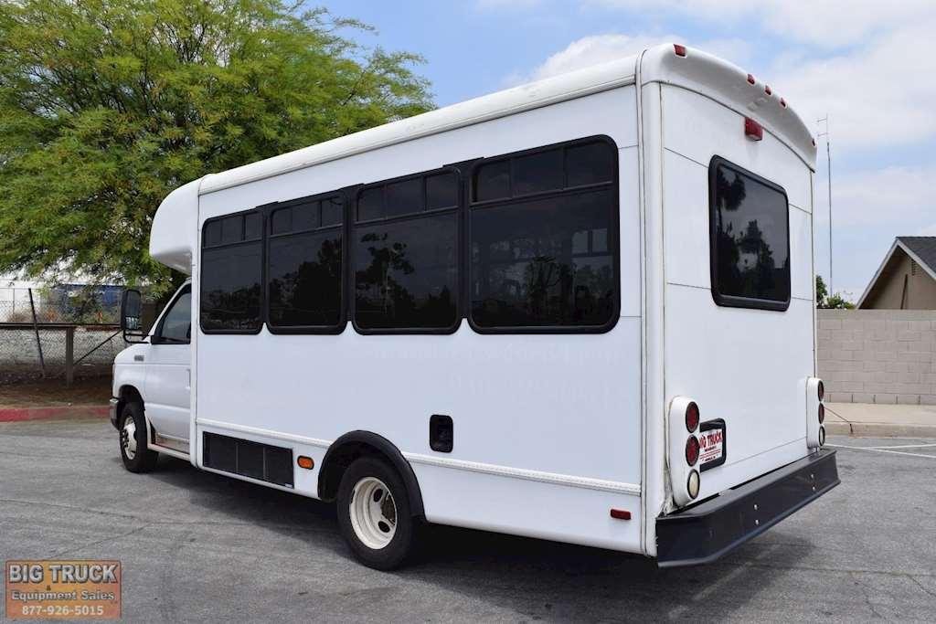 2008 ford e 350 passenger van box truck for sale 45 024 miles norwalk ca 4156. Black Bedroom Furniture Sets. Home Design Ideas