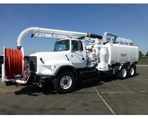 Ford LTS9000 Sewer Truck