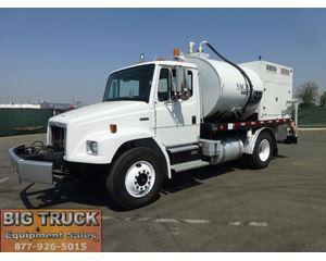 Freightliner FL70 Sewer Truck