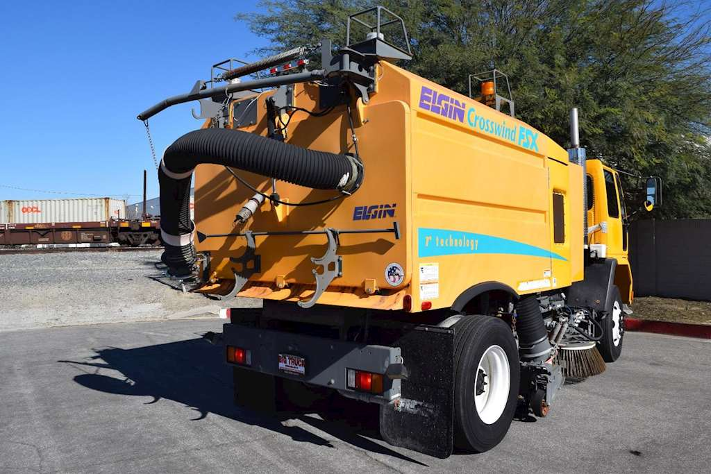 Elgin has the best sweeping technology for every. 2001 Elgin CROSSWIND FSX Sweeper / Vactor For Sale ...