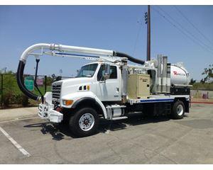 Sterling L7500 Vacuum Tank Truck