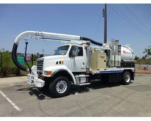 Sterling L7501 Vacuum Tank Truck