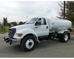 Ford F-750 Water Wagon