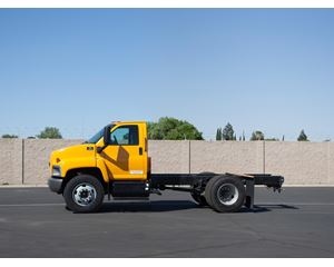 GMC TOPKICK C7500 Medium Duty Cab & Chassis Truck