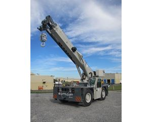 Shuttlelift 5550RT Carry Deck Cranes