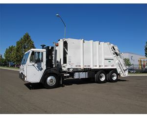 CCC LET40 Garbage Truck