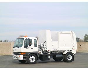 Hino FE2620 Garbage Truck