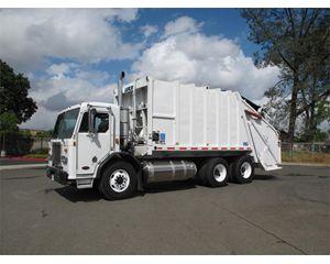 Peterbilt 320 Garbage Truck
