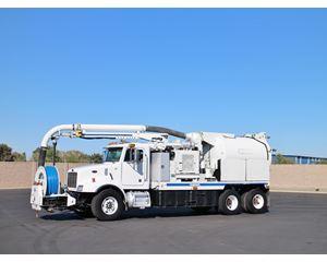 Peterbilt 330 Sewer Truck