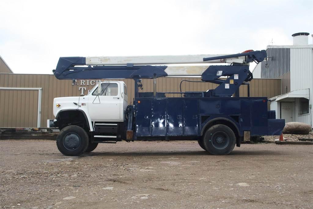 1989 GMC 7000 Bucket / Boom Truck