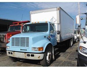 International 4700 Box Truck / Dry Van