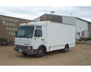 Iveco EURO 12-14 Box Truck / Dry Van