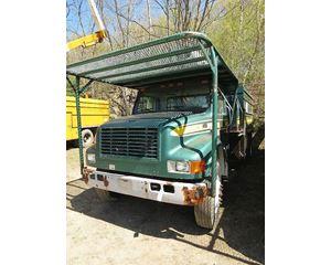 International 4700 Bucket / Boom Truck