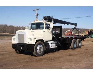 Mack RS688LS Crane Truck