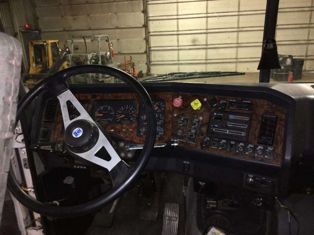 1995 WhiteGMC WIA AREO SERIES Dash Assembly For Sale | Jackson, MN | 48350 | MyLittleSalesman.com