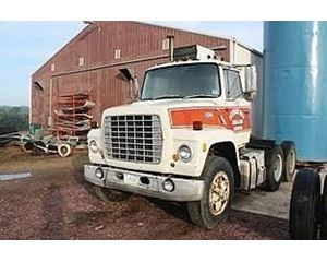 Ford 9000 Day Cab Truck