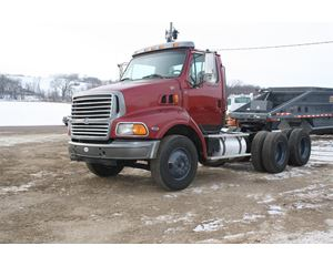 Ford AT9513 Day Cab Truck