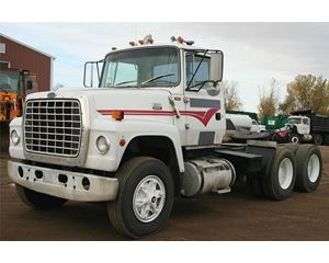 Ford LT9000 Day Cab Truck
