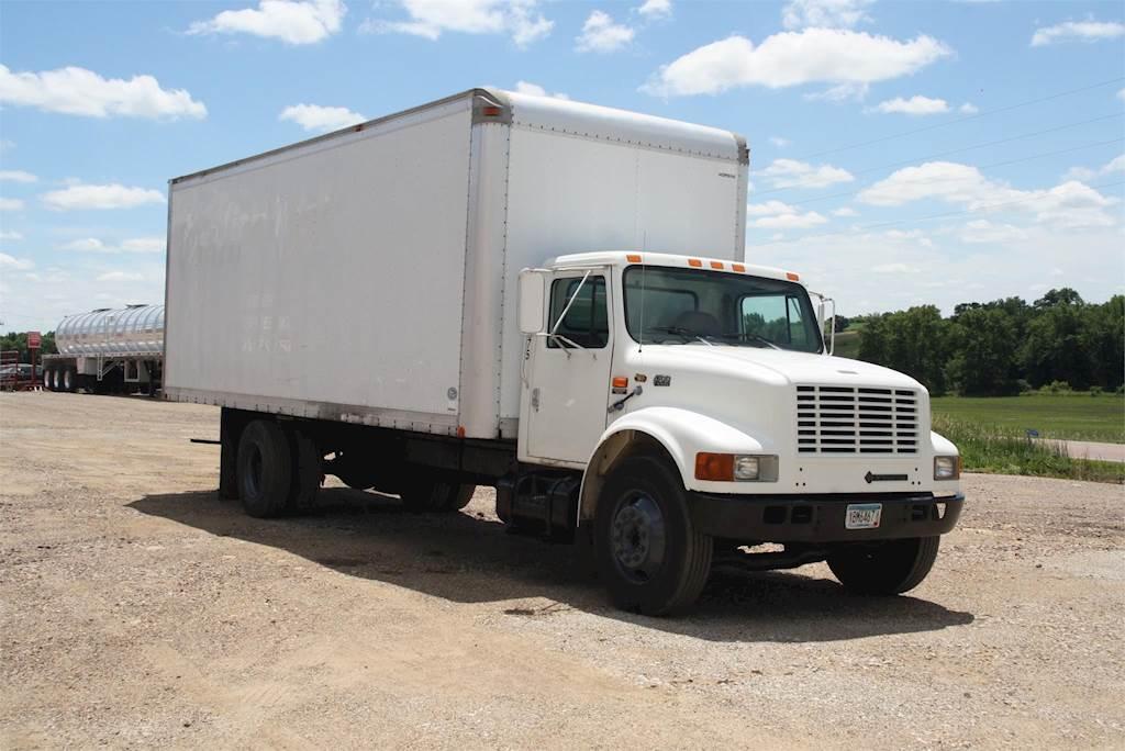 97 International 4700 >> 1998 International 4700 Box Truck Dry Van