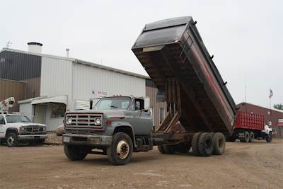 Grain Trucks For Sale >> 1975 Chevrolet C65 Farm Grain Truck For Sale Jackson Mn G675