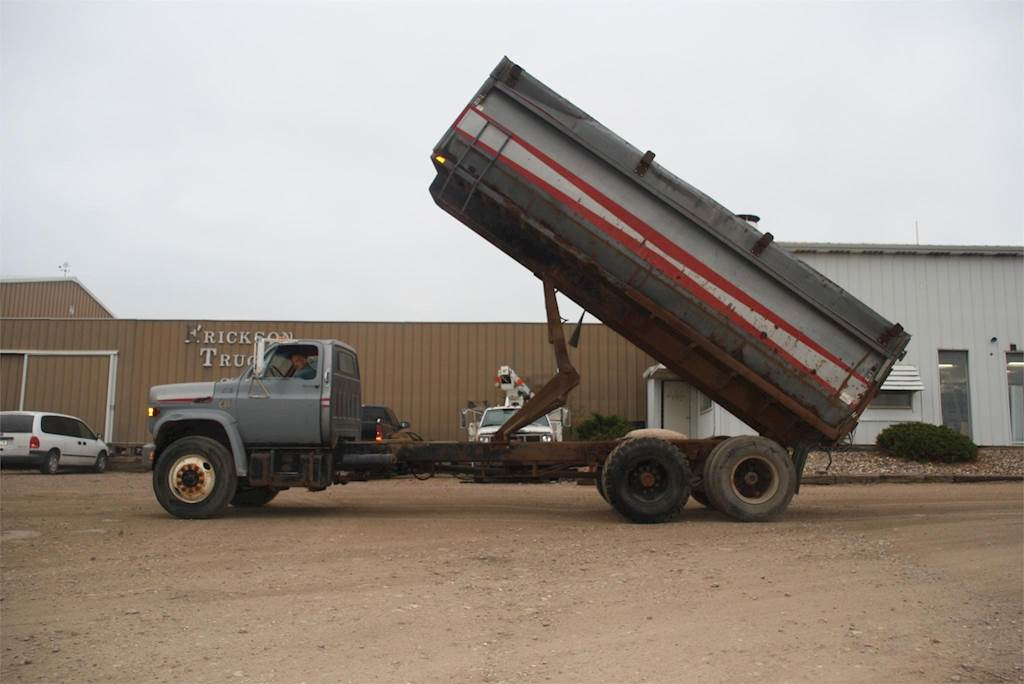 Gmc Dealers Mn >> 1975 Chevrolet C65 Farm / Grain Truck For Sale | Jackson, MN | G675 | MyLittleSalesman.com