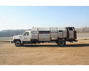 Ford F-700 Garbage Truck