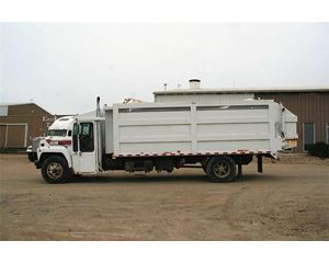 Ford F-800 Garbage Truck
