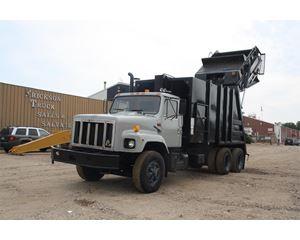 International 2654 Garbage Truck