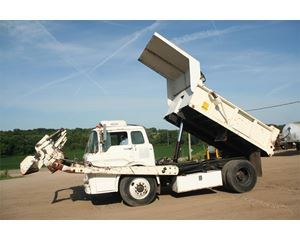 Ford D800 Heavy Duty Dump Truck