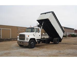 Ford LN8000 Heavy Duty Dump Truck