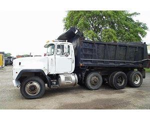 Mack RD694S Heavy Duty Dump Truck
