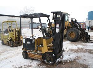 Caterpillar 2EC25E Mast Forklift