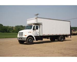 Sterling L7501 Moving Van / Box Truck