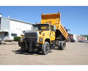 Ford L8000 Plow / Spreader Truck