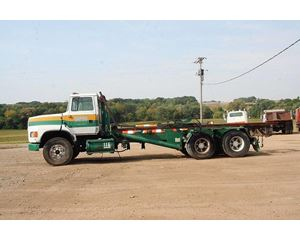 Ford L8000 Roll-Off Truck
