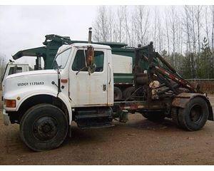International 4700 Roll-Off Truck